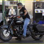 george-clooney-motorcycle-07