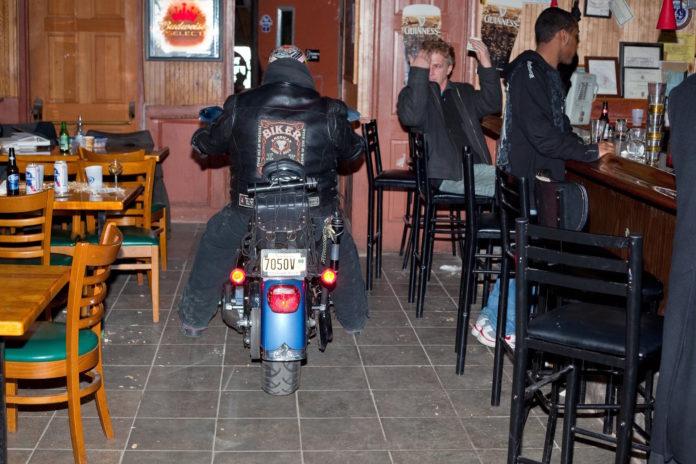 Bar, Biker